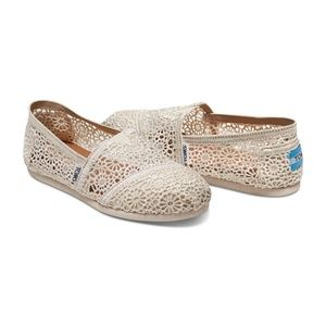 Toms flats crochet lace floral shoes comfy casual